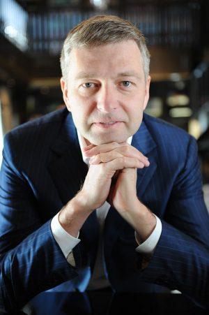 Dmitri Rybolóvlev