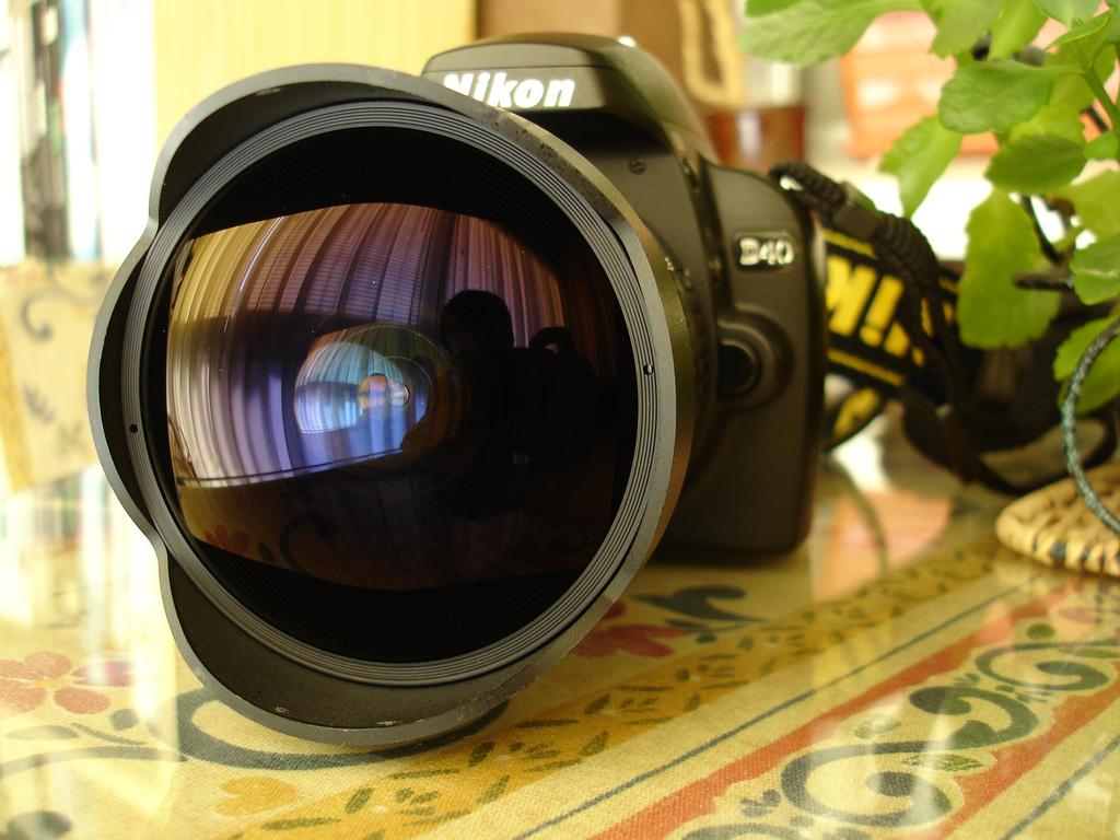 Las 5 lentes de cámara más costosas del planeta - Nikkor lente ojo de pez 6mm