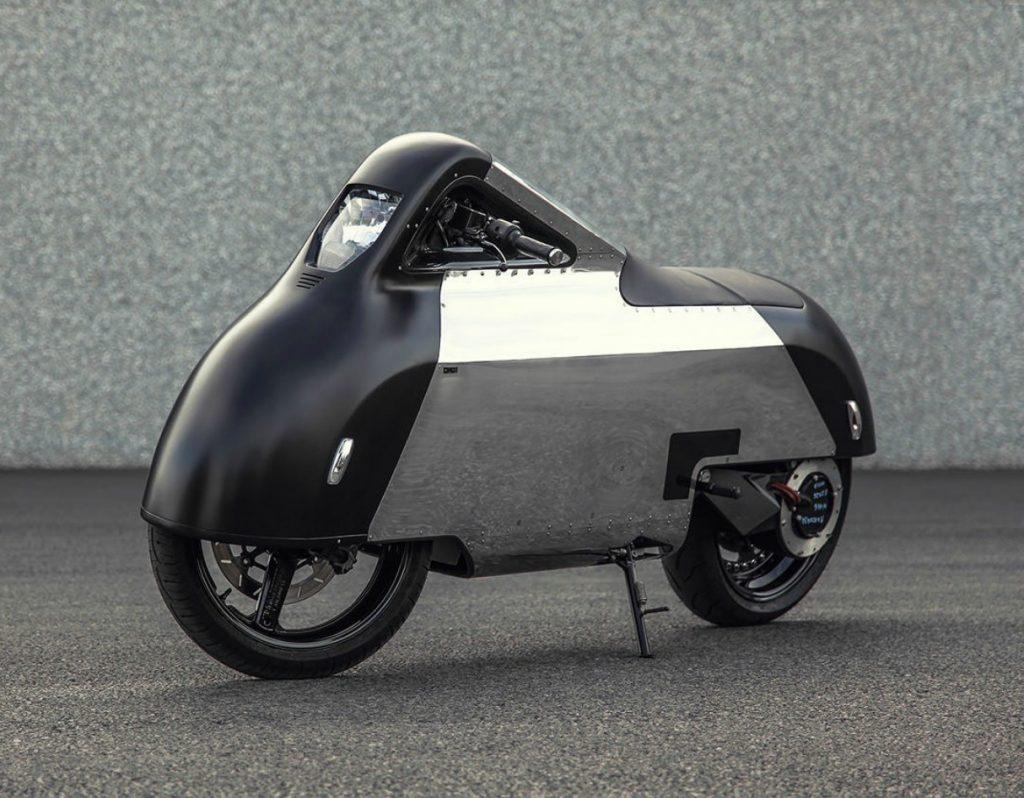 La súper moto VX-1 Maxi Scooter Hope